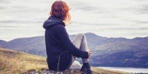 11256-woman_hillside_peace.630w.tn