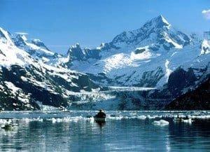 Kayaking_in_Glacier_Bay_Alaska1-1024x744-300x217