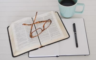 The Power of the Pen: Reflecting on the Word with a Pen